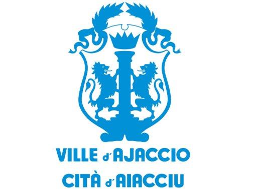 Ajaccio est le port le plus important de l'ouest de la Corse.